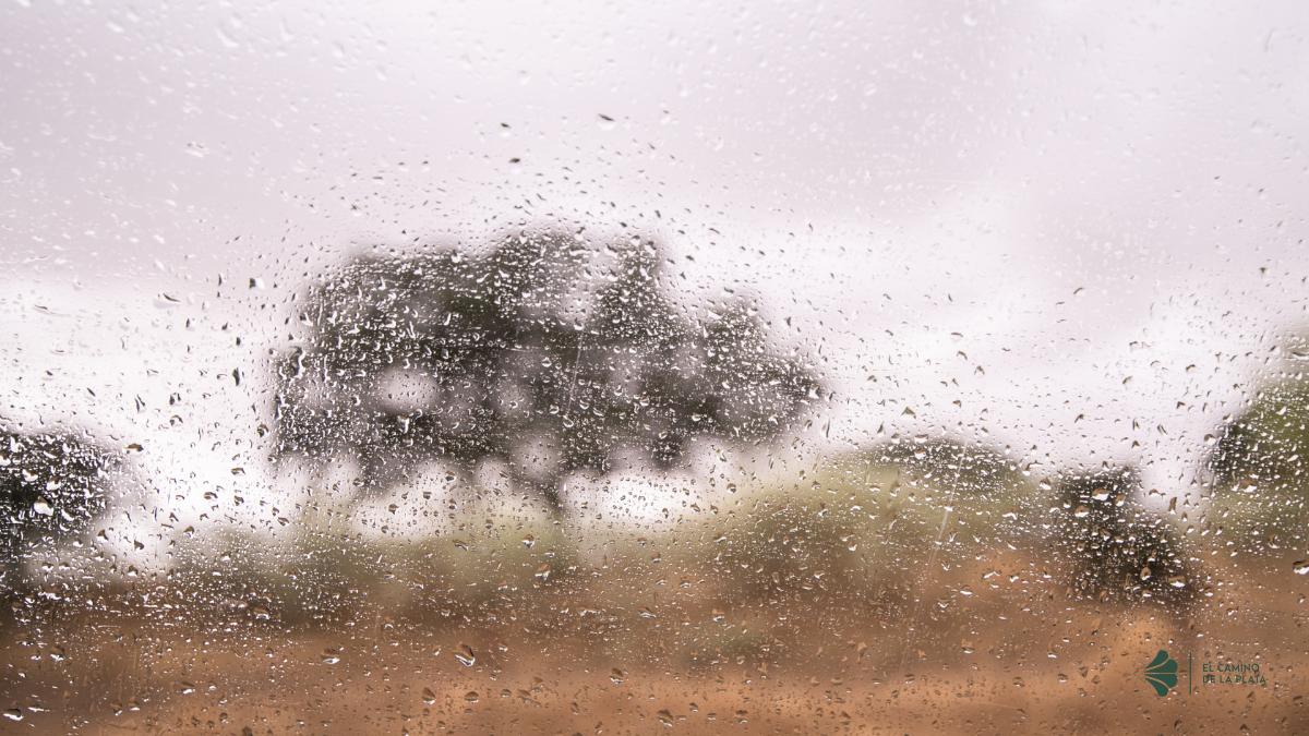 dias de lluvia por el camino de la plata hacia santiago