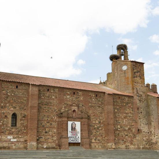 La Iglesia de San Pedro Apostol