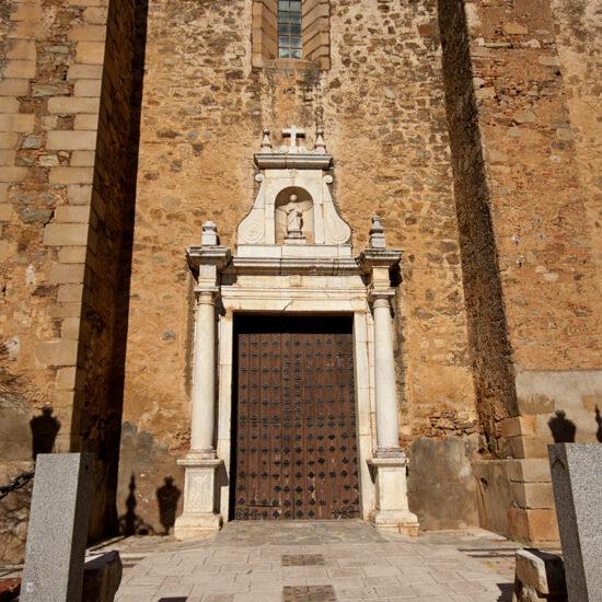 Iglesia de Santa Lucía de Puebla de Sancho Perez